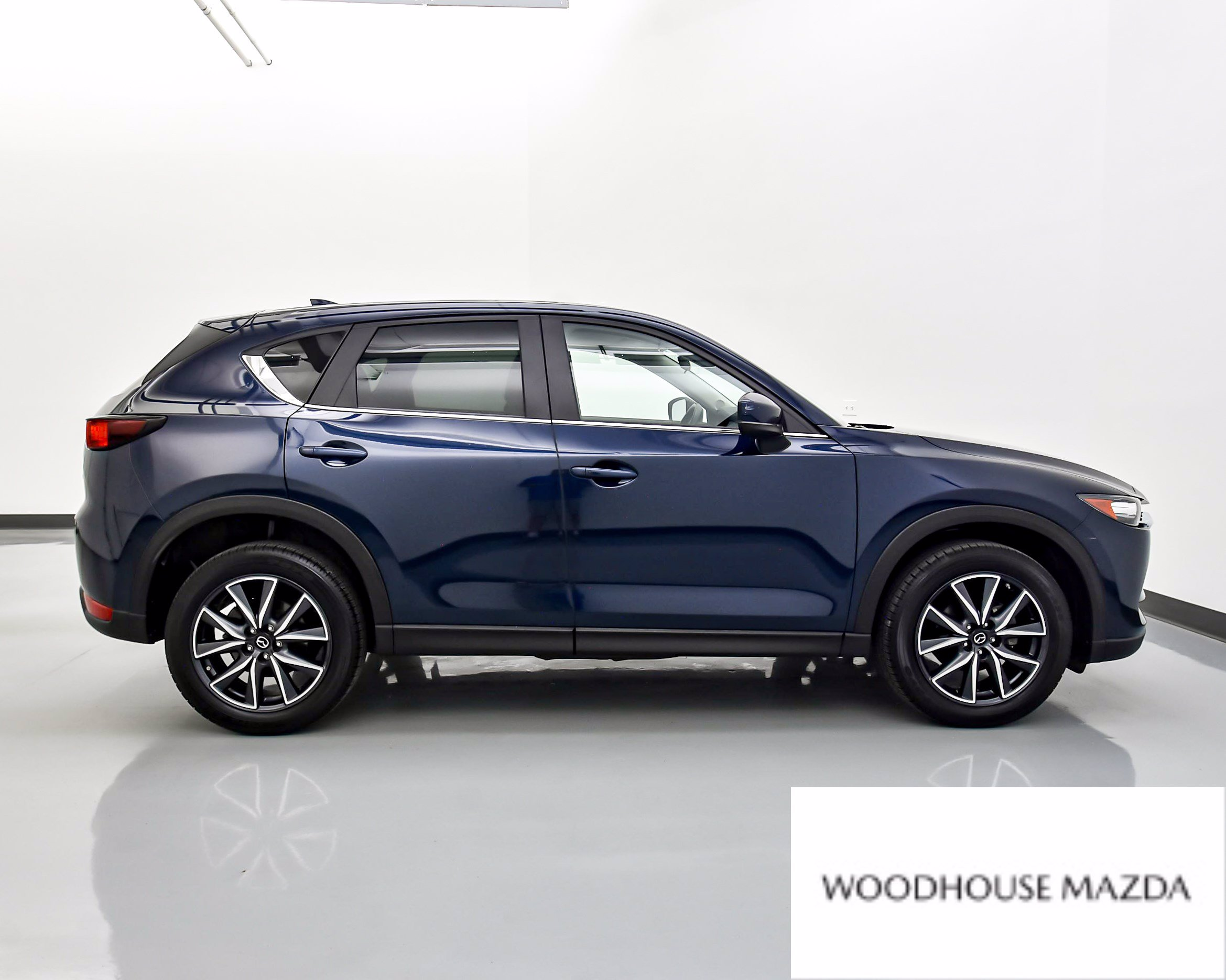 Pre-Owned 2018 Mazda CX-5 Touring